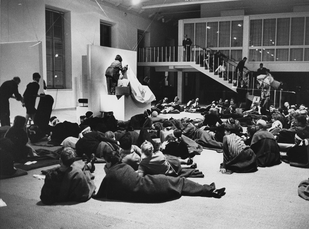 Massage, Oct. 3 and 4, 6 and 7, 1967 Performance at the Moderna Museet, Stockholm Photo credit: Ingemar Berling for Dagens Nyheter